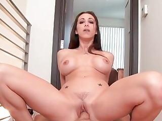 classy amateur housewife gives fantastic head