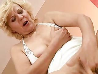horny elderly enjoys uneasy fuck