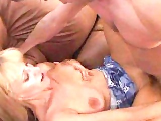 babe bitch cruises the high college campus for