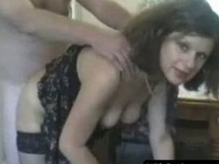 milf maiden gives super dick sucking