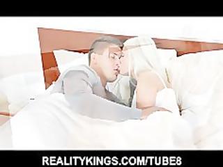 hot albino lady wakes her boyfriend up to desire