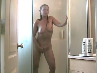 mother id enjoy to drill pushing dildo in the tub