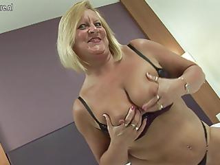 extremely impressive british grandma likes her