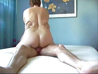 sie hatte drei orgasmen, ao abreiten mit feuchtem