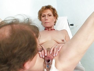 little haired blonde old gets her pusys examined