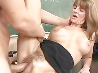 bleached mature brunette acquires her furry cave