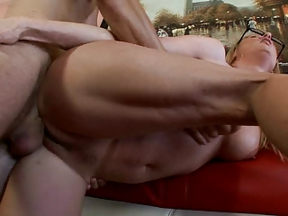 those mature babe truely adores to suck and