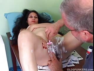 brooke cougar latin gets her cave shaved