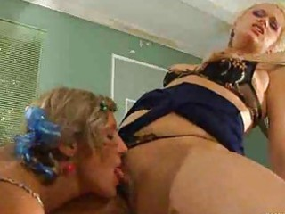 homosexual woman lady kissing a chick