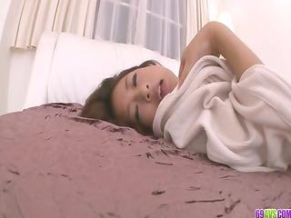 satomi suzuki?s tight lady cave creampied in