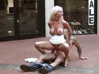 outdoor fuck lady fucked at a shoe store