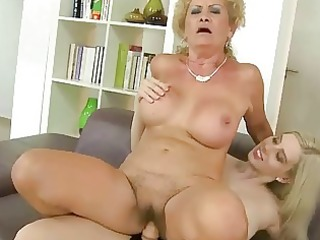 grannies and amateur beauties
