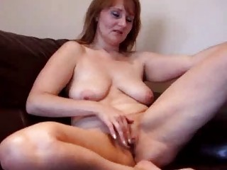granny amateur lady laboring her pussy