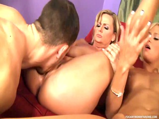 bleached mother ain her daughter naughty duet