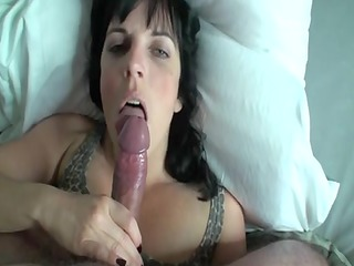 housewife engulfing by troc