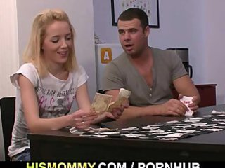 demonstrate poker with his gf and girl leads to
