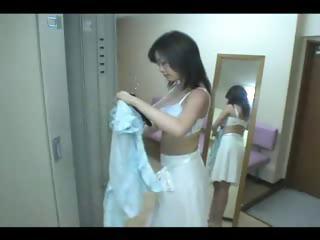 japanese super woman into locker lodging x