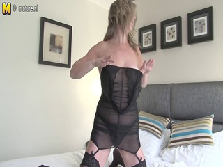 grown-up slut milf likes to tease with her wet