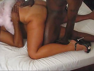 sweet tan housewife acquiring dp by black libido