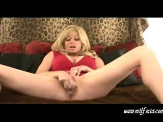 slutty bleached cougar babe mia pleases and