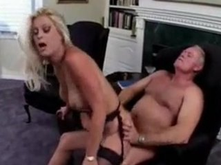 fucker gives his slutty wife a special anal