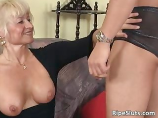 ultra pale cougar angel loves more inexperienced