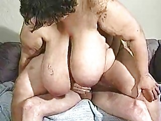 cougar bbw has really large breast