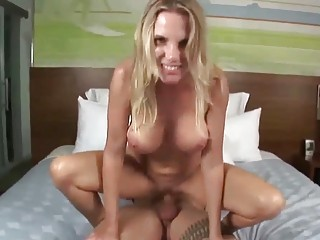 sublime blond milf slurps on big fat dong