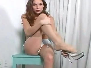 hot woman goes naked and pleases