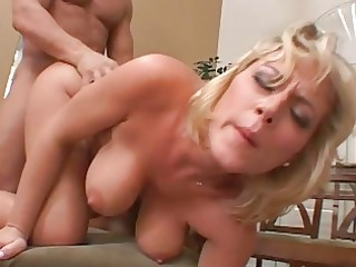 bleached older chick obtains her pussy pounded on