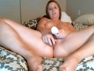 fat woman with glass fuck sex toy on cam