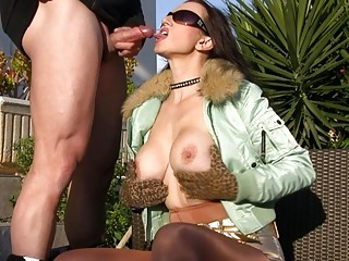 outdoor cock sucking with super horny ladies
