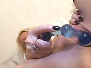 deep bottom masturbation woman