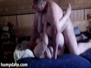 those chubby cougar couple drilling on bedstead
