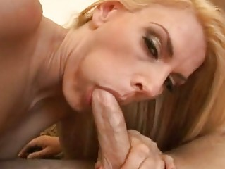 lady bitch darryl hanah spoons her oral out with