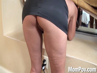 nympho mother id like to fuck behind the scenes