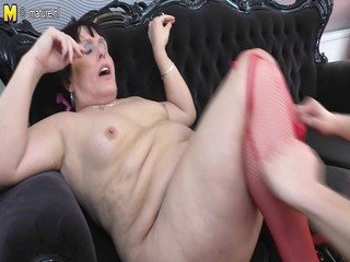 old bitch mother gets drilled by her toyboy