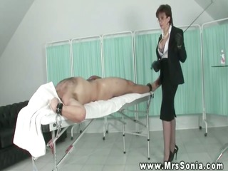 mature euro tugging her subject and cant own